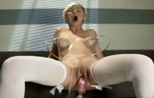 Orgasmic blonde and a fuck machine