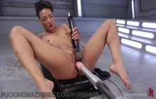 Ebony Nikki Darling squirts with machine